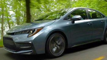 2020 Toyota Corolla TV Spot, 'Road Trip: Stevens Pass' Ft. Danielle Demski, Ethan Erickson [T2] - Thumbnail 4