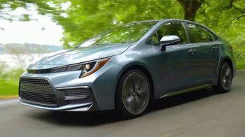 2020 Toyota Corolla TV Spot, 'Road Trip: Stevens Pass' Ft. Danielle Demski, Ethan Erickson [T2] - Thumbnail 5