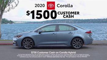 2020 Toyota Corolla TV Spot, 'Road Trip: Stevens Pass' Ft. Danielle Demski, Ethan Erickson [T2] - Thumbnail 6