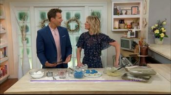 GEICO TV Spot, 'Hallmark Channel: Cupcakes' Ft. Cameron Mathison, Debbie Matenopoulos