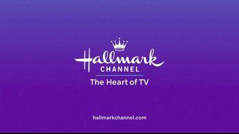 GEICO TV Spot, 'Hallmark Channel: Cupcakes' Ft. Cameron Mathison, Debbie Matenopoulos - Thumbnail 8