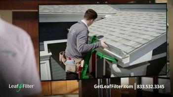 LeafFilter TV Spot, 'Town Hall' - Thumbnail 5