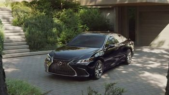 2020 Lexus ES TV Spot, 'I Got It' [T1] - Thumbnail 7
