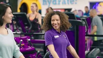 Planet Fitness TV Spot, 'Bringing the Workout to You: Home Work-Ins' - Thumbnail 2