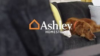 Ashley HomeStore TV Spot, 'Your New Home Office' - Thumbnail 1