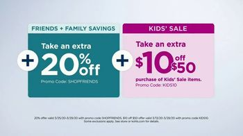 Kohl's Friends + Family Sale TV Spot, 'Denim, Quilts and Graphic T-Shirts' - Thumbnail 9