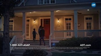 ADT TV Spot, 'Yard Sign: 24/7 Protection' - Thumbnail 3