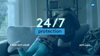 ADT TV Spot, 'Yard Sign: 24/7 Protection' - Thumbnail 5