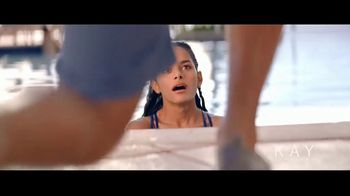 Kay Jewelers TV Spot, 'OMG Yes: Two-Day Shipping' Song by Harriet Whitehead - Thumbnail 3
