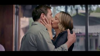 Kay Jewelers TV Spot, 'OMG Yes: Two-Day Shipping' Song by Harriet Whitehead - Thumbnail 9
