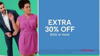 JCPenney Friends & Family Sale TV Spot, 'Plus One' - Thumbnail 4
