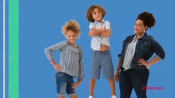 JCPenney Friends & Family Sale TV Spot, 'Plus One' - Thumbnail 6