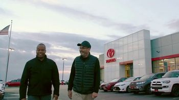 Toyota TV Spot, 'Estamos aquí para ti' [Spanish] [T1] - Thumbnail 6