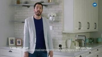 ADT TV Spot, 'These Things Combined: 30% Off' Featuring Jonathan and Drew Scott - Thumbnail 5