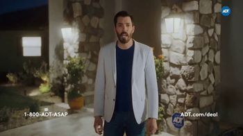ADT TV Spot, 'These Things Combined: 30% Off' Featuring Jonathan and Drew Scott - Thumbnail 6