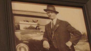 Brady's Classic Barbershop TV Spot, 'Tradition' - Thumbnail 2