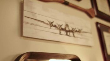 Brady's Classic Barbershop TV Spot, 'Tradition' - Thumbnail 6