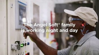 Angel Soft TV Spot, 'Rolling Up Our Sleeves'