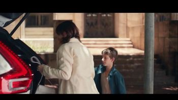 Volvo XC40 TV Spot, 'Smart Storage' Song by Kit Conway [T1] - Thumbnail 4
