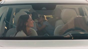 2020 Volvo XC90 TV Spot, 'A Dog's Journey' [T2] - Thumbnail 7