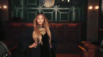 Quibi TV Spot, 'Ready to Rule' Featuring Chrissy Teigen - Thumbnail 8