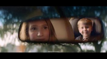 Invitation to Lexus Sales Event TV Spot, 'Guest in Home' [T2] - Thumbnail 3