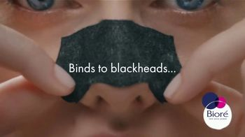 Bioré Charcoal Deep Cleansing Pore Strips TV Spot, 'Oddly Satisfying Results' - Thumbnail 3