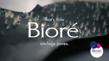 Bioré Charcoal Deep Cleansing Pore Strips TV Spot, 'Oddly Satisfying Results' - Thumbnail 7