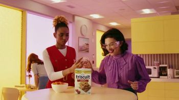Triscuit Fire Roasted Tomato & Olive Oil TV Spot, 'Explosion'