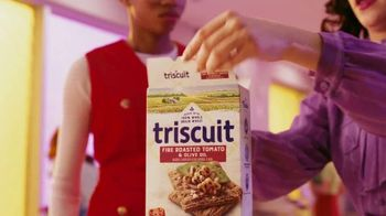 Triscuit Fire Roasted Tomato & Olive Oil TV Spot, 'Explosion' - Thumbnail 3