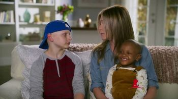 St. Jude Children's Research Hospital TV Spot, 'Research' Featuring Jennifer Aniston, Marlo Thomas - Thumbnail 6