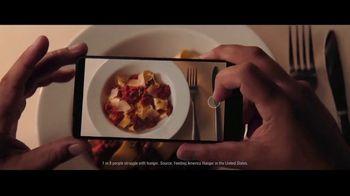 Meijer TV Spot, 'Thanksgiving: Social Media' - Thumbnail 4