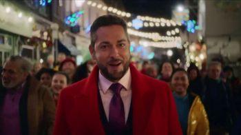 TJX Companies TV Spot, 'Holidays: Follow Me' Featuring Zachary Levi - Thumbnail 4