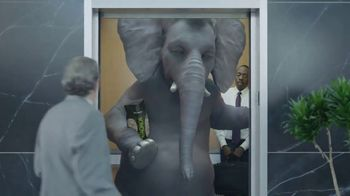 Wonderful Pistachios TV Spot, 'Ernie in the Elevator' - 4217 commercial airings