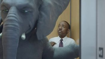 Wonderful Pistachios TV Spot, 'Ernie in the Elevator' - Thumbnail 7