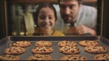 Nestle Toll House Semi-Sweet Morsels TV Spot, 'How to Share Love'