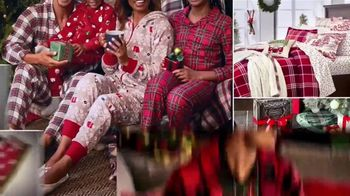 Macy's TV Spot, 'The Holidays Are Here' - Thumbnail 6