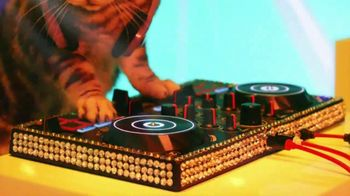 Meow Mix TV Spot, 'Remix: Luna' - Thumbnail 3