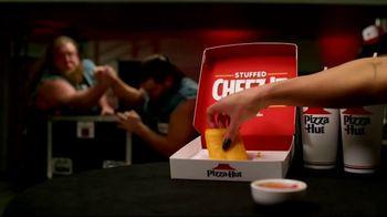 Pizza Hut Stuffed Cheez-It Pizza TV Spot, 'Snackdown SmackDown' Feat. Tucker Knight, Otis Dozovic, Carmella - Thumbnail 5