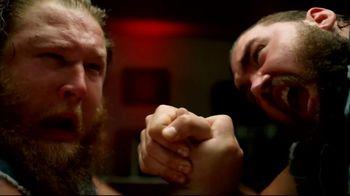 Pizza Hut Stuffed Cheez-It Pizza TV Spot, 'Snackdown SmackDown' Feat. Tucker Knight, Otis Dozovic, Carmella - Thumbnail 6