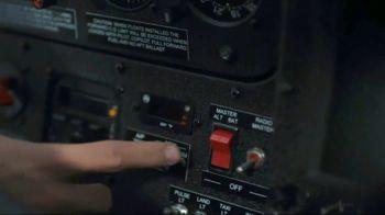 USAA TV Spot, 'Salute to Service: Jimmy Graham' - Thumbnail 6