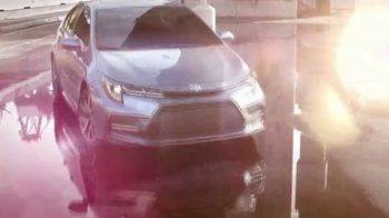Toyota TV Spot, 'Dear Future' Song by Daddy P & Spike T [T2] - Thumbnail 5