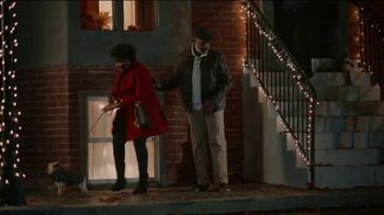 JCPenney TV Spot, 'Holidays: Mistletoe' - Thumbnail 2