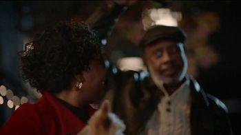 JCPenney TV Spot, 'Holidays: Mistletoe' - Thumbnail 5