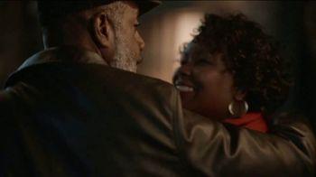 JCPenney TV Spot, 'Holidays: Mistletoe' - Thumbnail 6