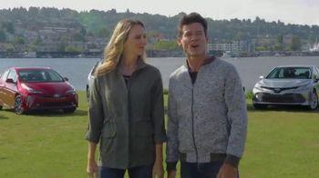 Toyota Prius TV Spot, 'Hybrid Technology' Featuring Danielle Demski, Ethan Erickson [T2] - 44 commercial airings