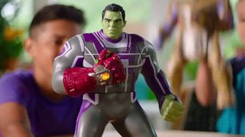 Marvel Avengers: Endgame Power Punch Hulk and Power Punch Thanos TV Spot, 'Hulk Smash' - Thumbnail 4