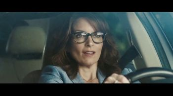 Allstate Drivewise TV Spot, 'Mayhem: Mother-in-Law' Featuring Tina Fey, Dean Winters - Thumbnail 9