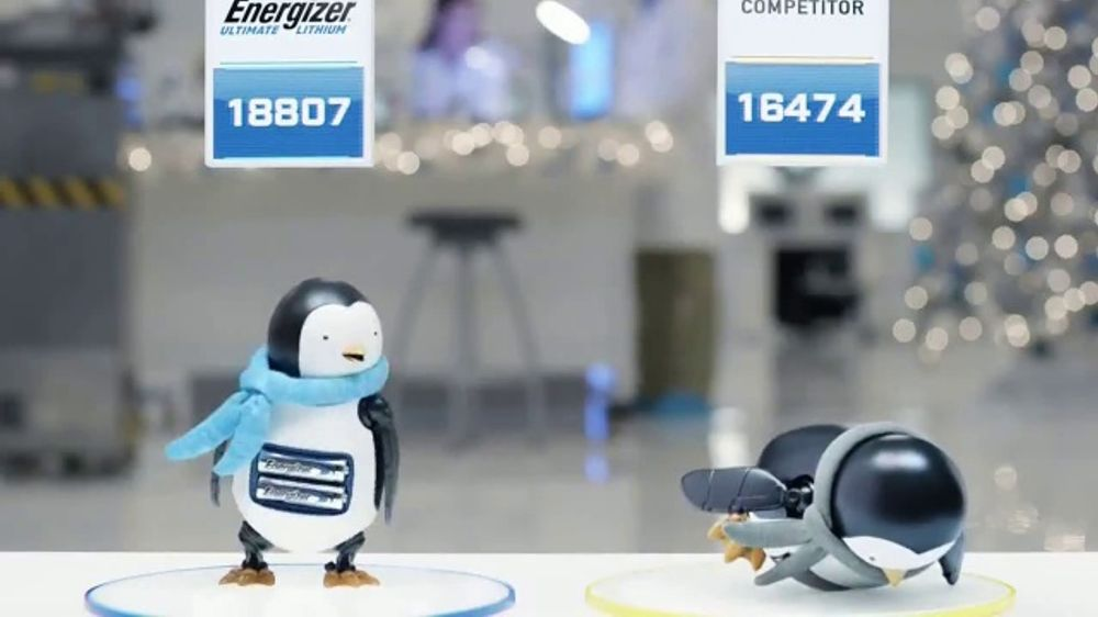 Energizer Ultimate Lithium TV Commercial, 'Holidays: Penguins'