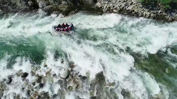 Land Rover Season of Adventure Sales Event TV Spot, 'River Rafting' [T1] - Thumbnail 2